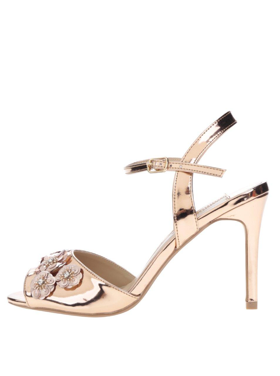 Sandáliky v zlatej farbe s ozdobnými filtrami Dorothy Perkins