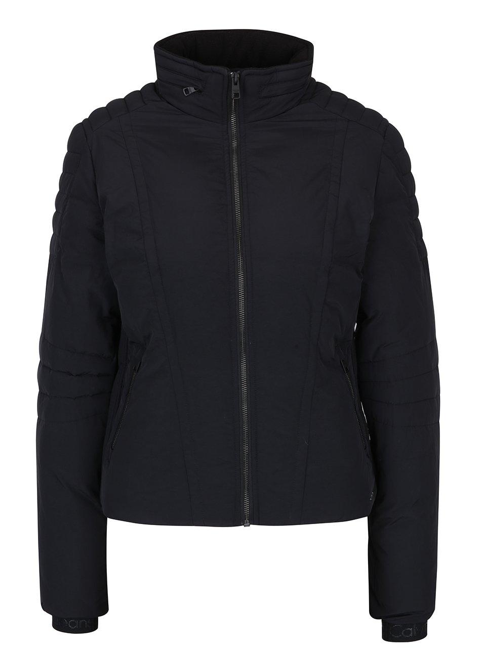 Čierna dámska prešívaná bunda se skrytou kapucňou Calvin Klein Jeans Ofira