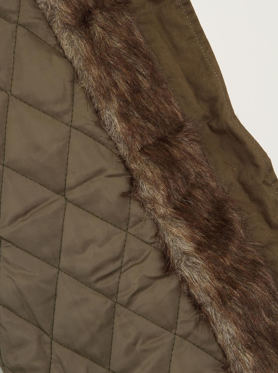 Zimní bunda AX Paris s kožešinovou kapucí