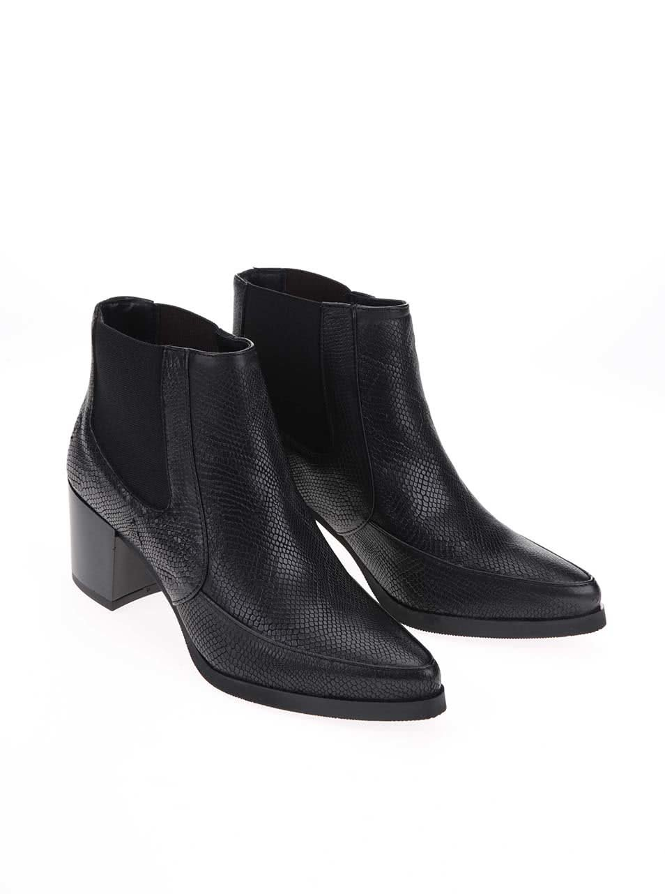 e9a64cd24a Černé kožené kotníkové boty s hadím vzorem Bronx ...