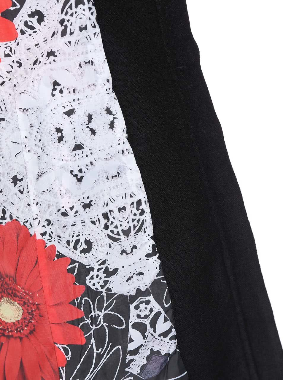 Čierny kabát s kvetinovou podšívkou Desigual Lucia ... 1387cb61652