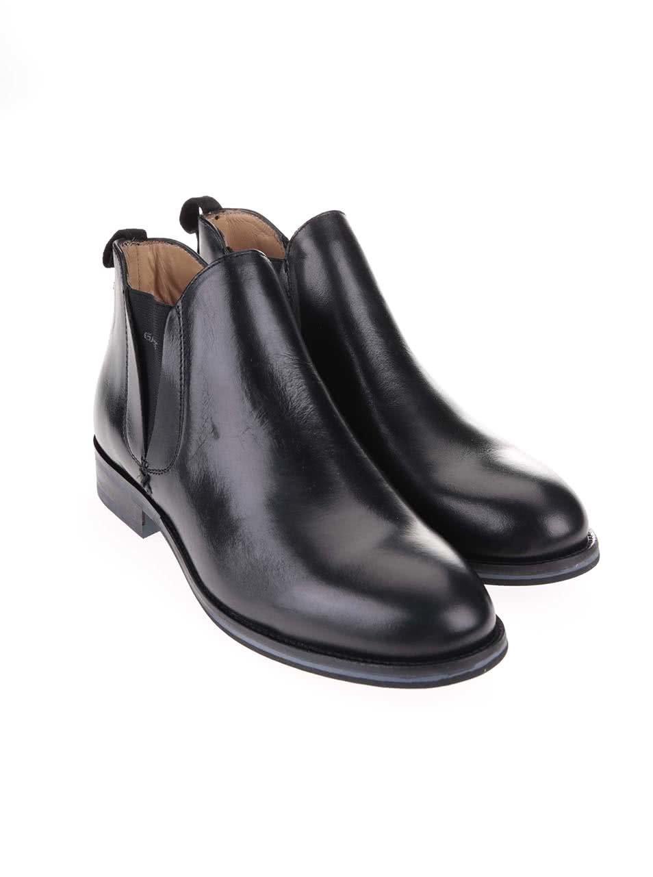 Čierne dámske členkové topánky GANT Avery ... e4cac26a69e