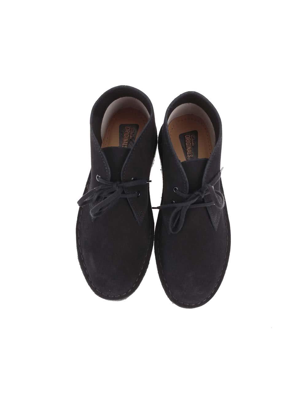 Čierne dámske kožené členkové topánky Clarks Desert Boot ... 5634fba2407