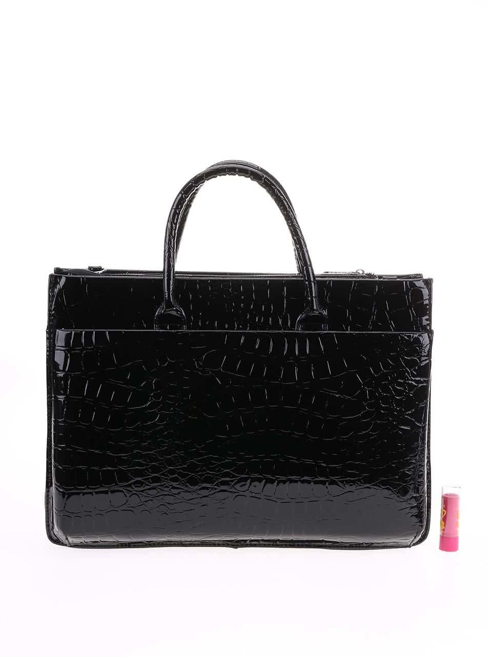 2ccee9ef435 Černá kabelka v imitaci krokodýlí kůže LYDC ...