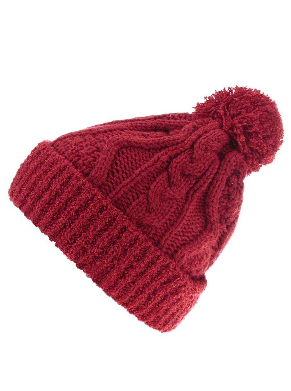 Červená čepice s bambulí Dorothy Perkins ... 16c6733545