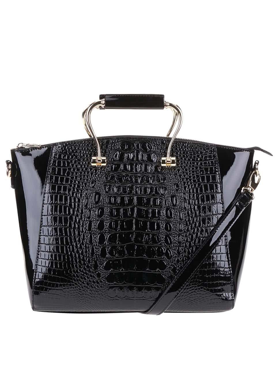 Čierna lakovaná väčšia kabelka s detailmi v zlatej farbe Gessy ... 6d0d0d7e5dd