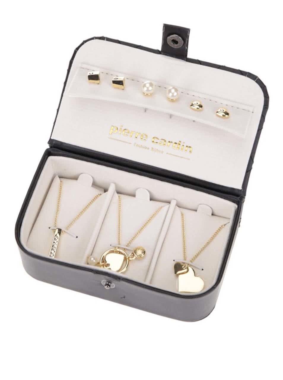 Sada šperků ve zlaté barvě v elegantní kazetě Pierre Cardin ... 5f4a4e5d085
