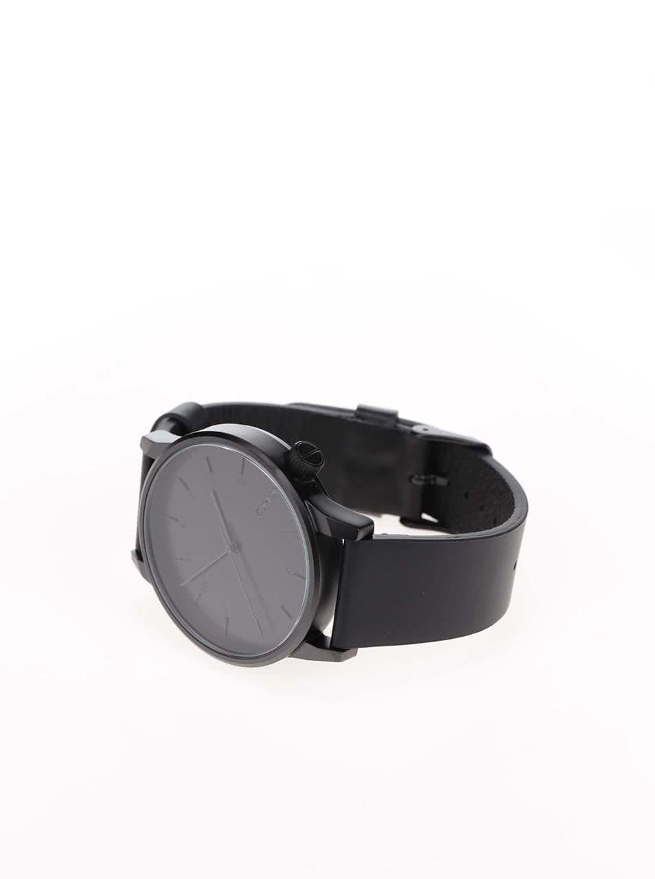 0439575c1 Pánské hodinky s černým koženým páskem Komono Winston Regal   ZOOT.cz