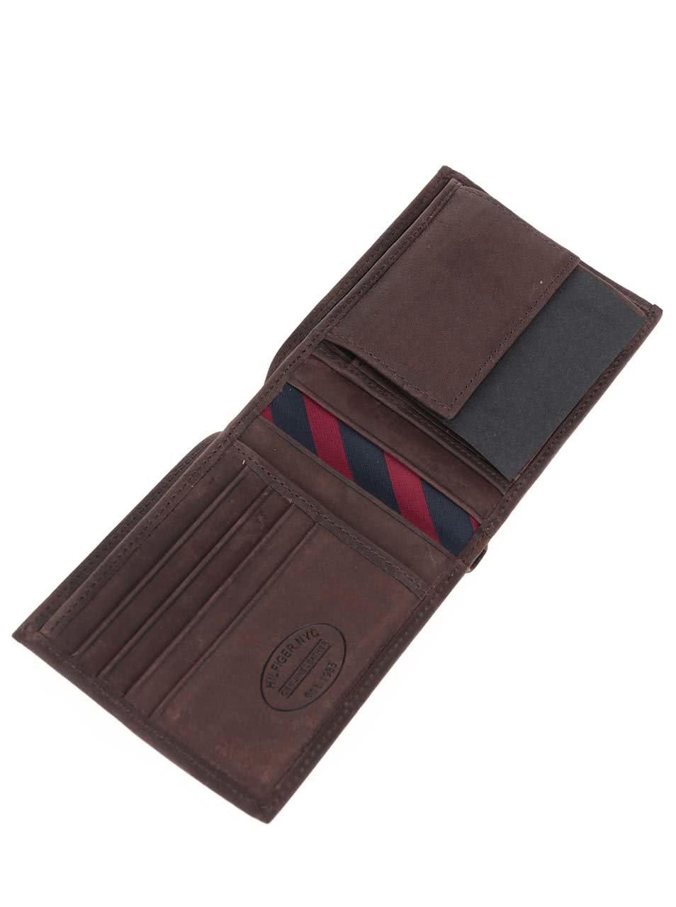 Hnedá väčšia pánska kožená peňaženka s vreckom na drobné Tommy Hilfiger  Johnson ... c2998269f54