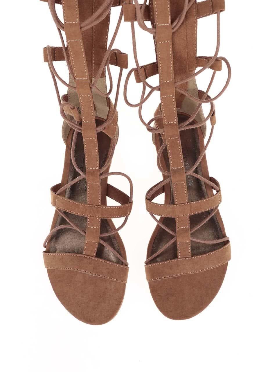 5f6187baa124 Hnedé vysoké sandálky na viazanie Tamaris ...