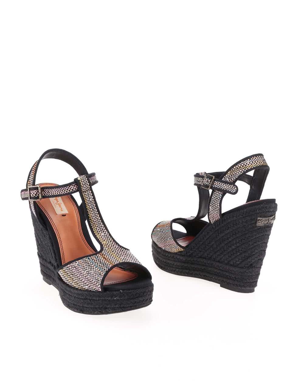 fe03f2c41396 Čierne dámske sandále s flitrami na platforme Pepe Jeans ...