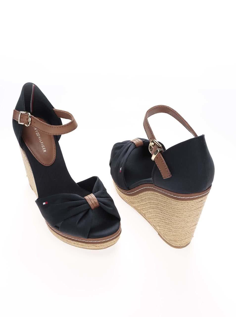 7ee003926820 Tmavomodré dámske topánky na platforme Tommy Hilfiger ...