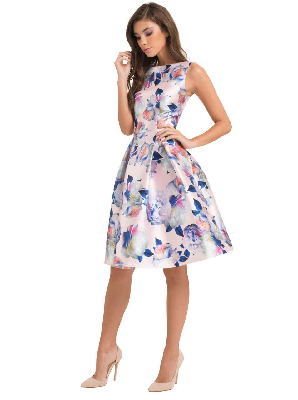 d547acf107cd Ružové kvetované šaty Chi Chi London Justice ...