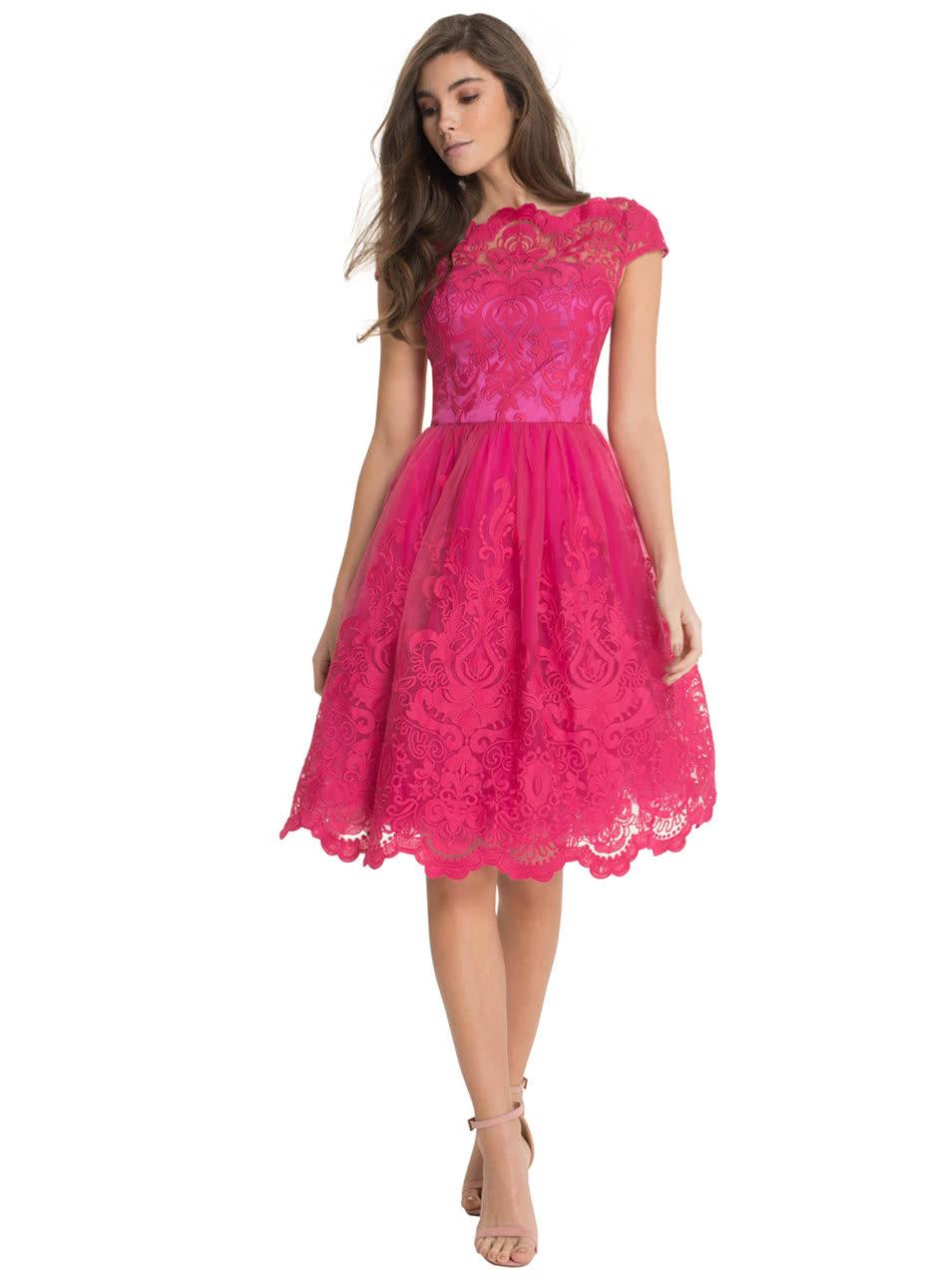 b80619e8e9ec Růžové krajkové šaty Chi Chi London Suki ...