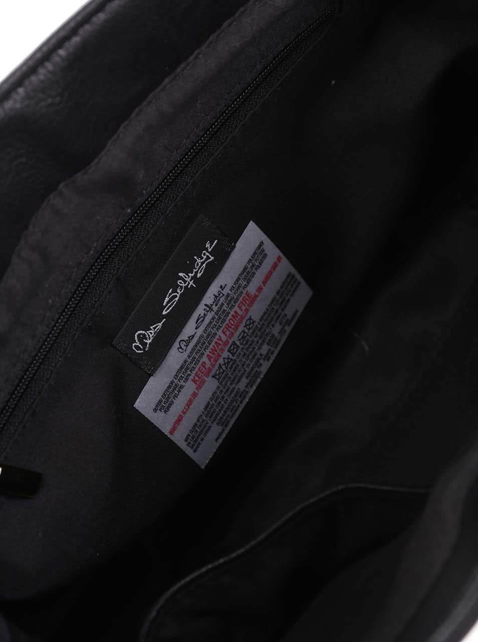 e90a6c28e6 Čierna crossbody kabelka s chlopňou v semišovej úprave Miss Selfridge ...