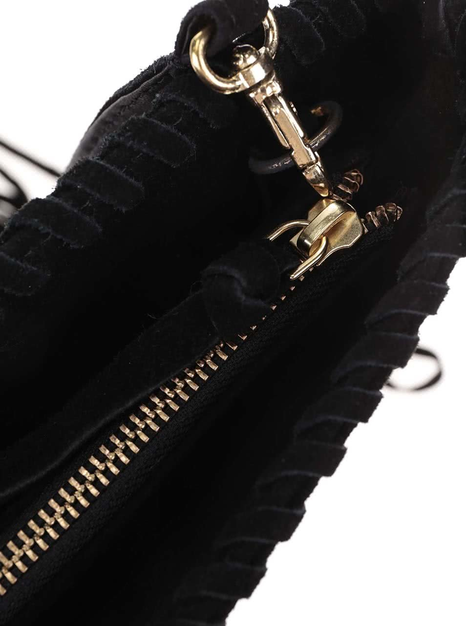 00a6838b5b Čierna semišová crossbody kabelka so strapcami Miss Selfridge ...