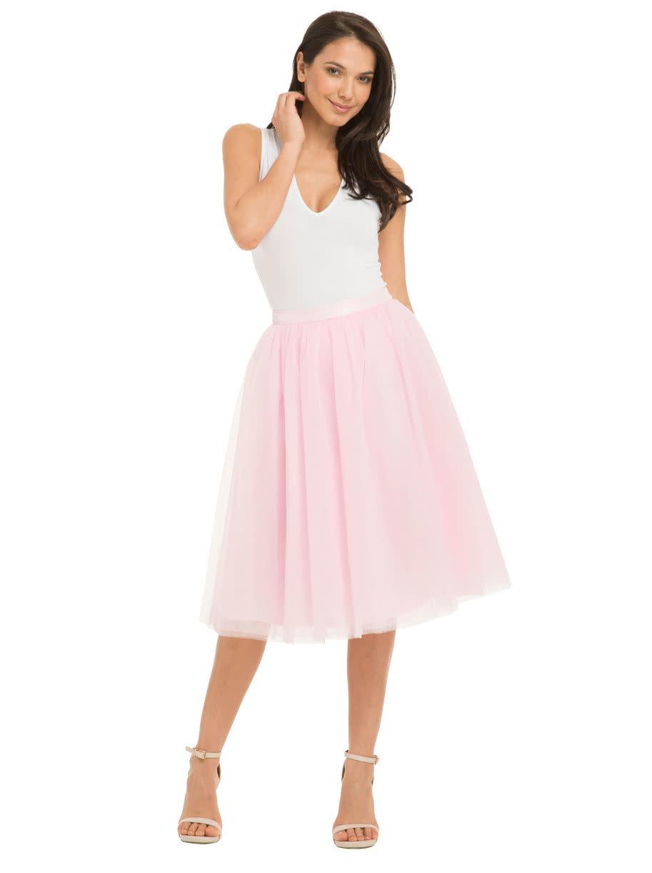 Ružová tylová sukňa Chi Chi London Alena ... ef1f1b079c