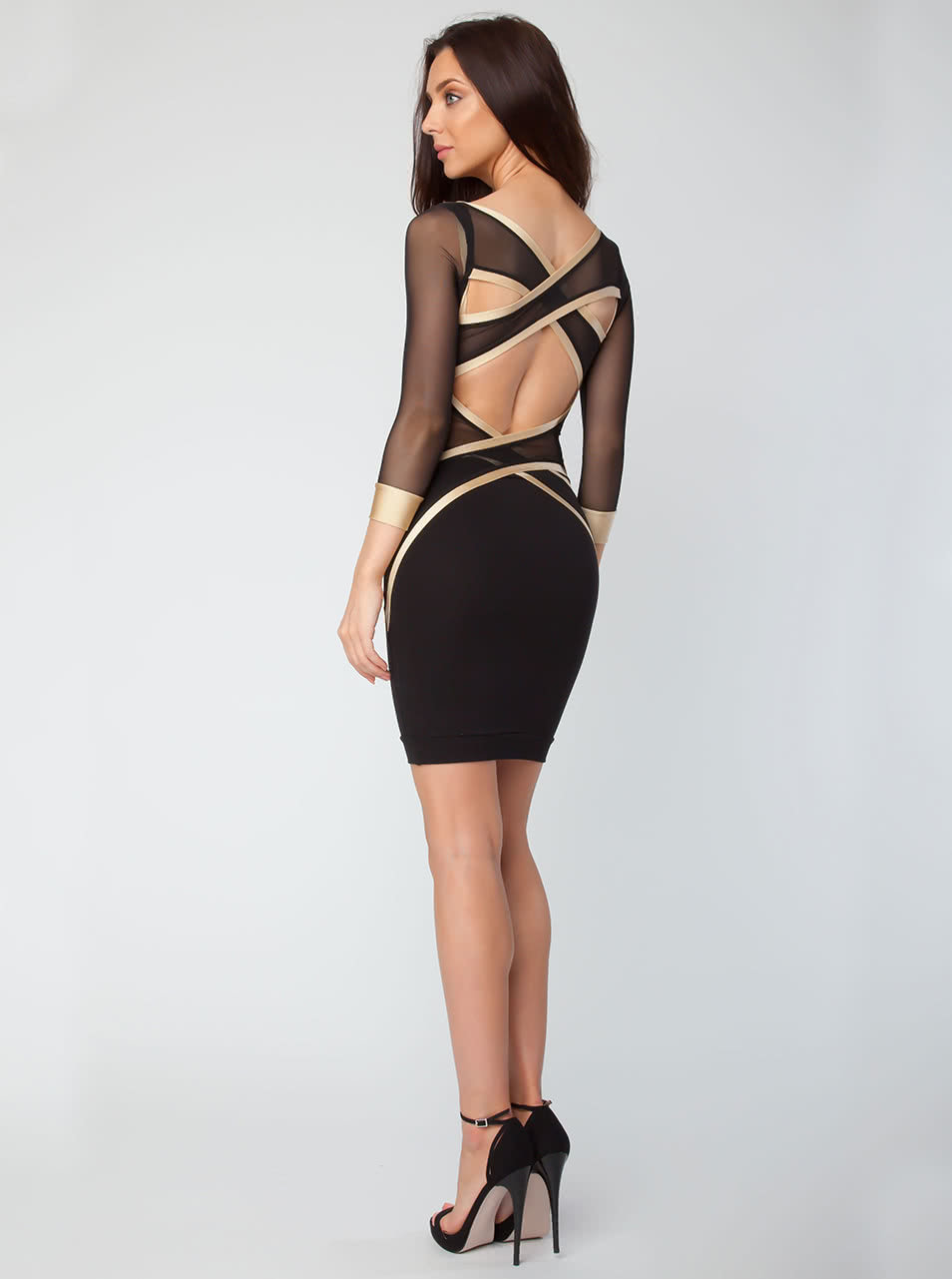 01216dce9b96 Černé elastické šaty s ozdobnými síťovanými pásy přes záda Quontum ...