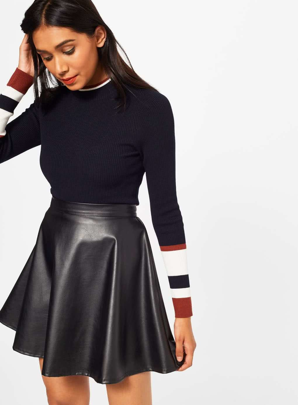 f4857f32212d Čierna koženková sukňa Miss Selfridge ...