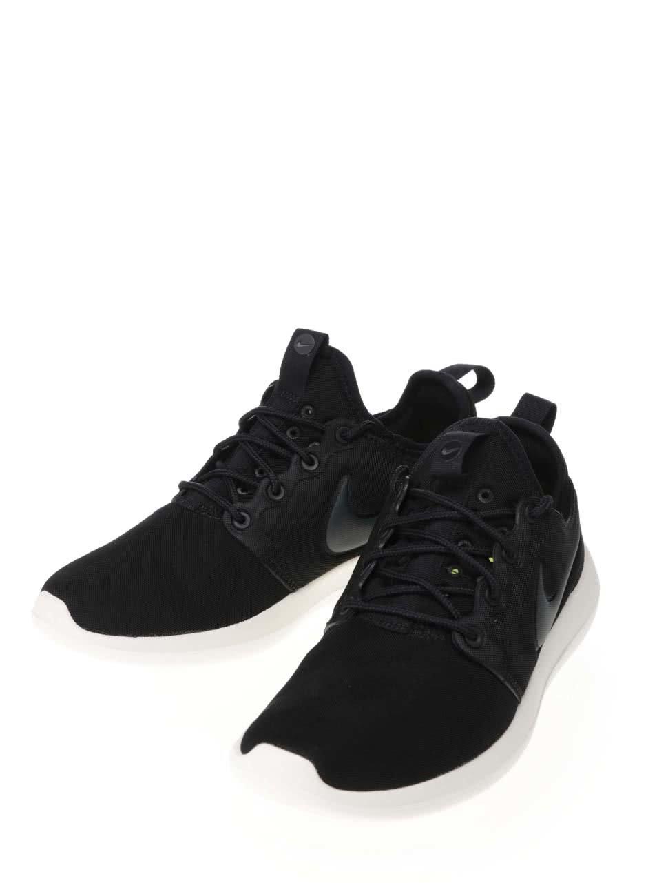 dd76db1b5b2 Černé dámské tenisky Nike Roshe Two ...