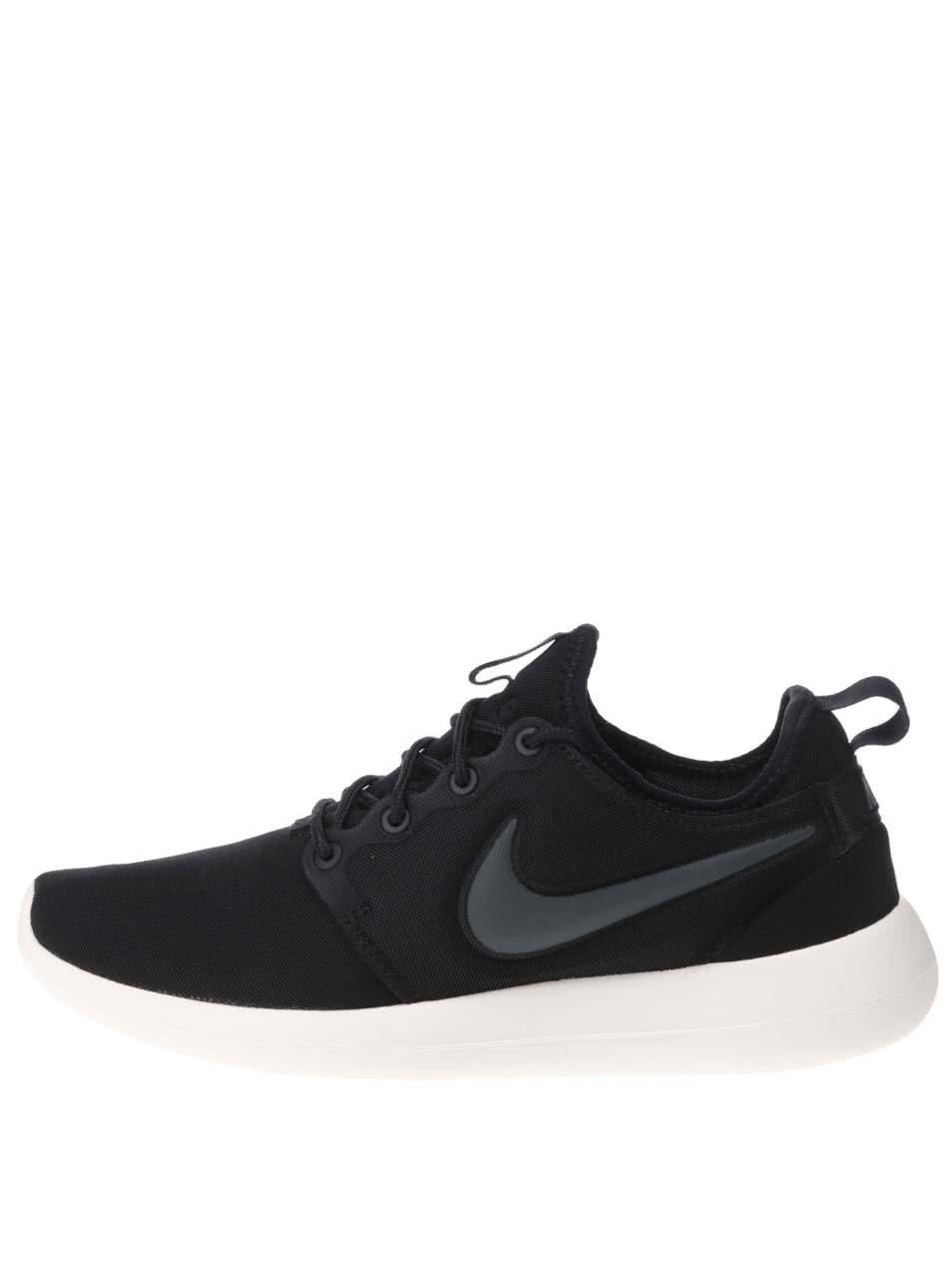 e5f2bc66869 Černé dámské tenisky Nike Roshe Two ...
