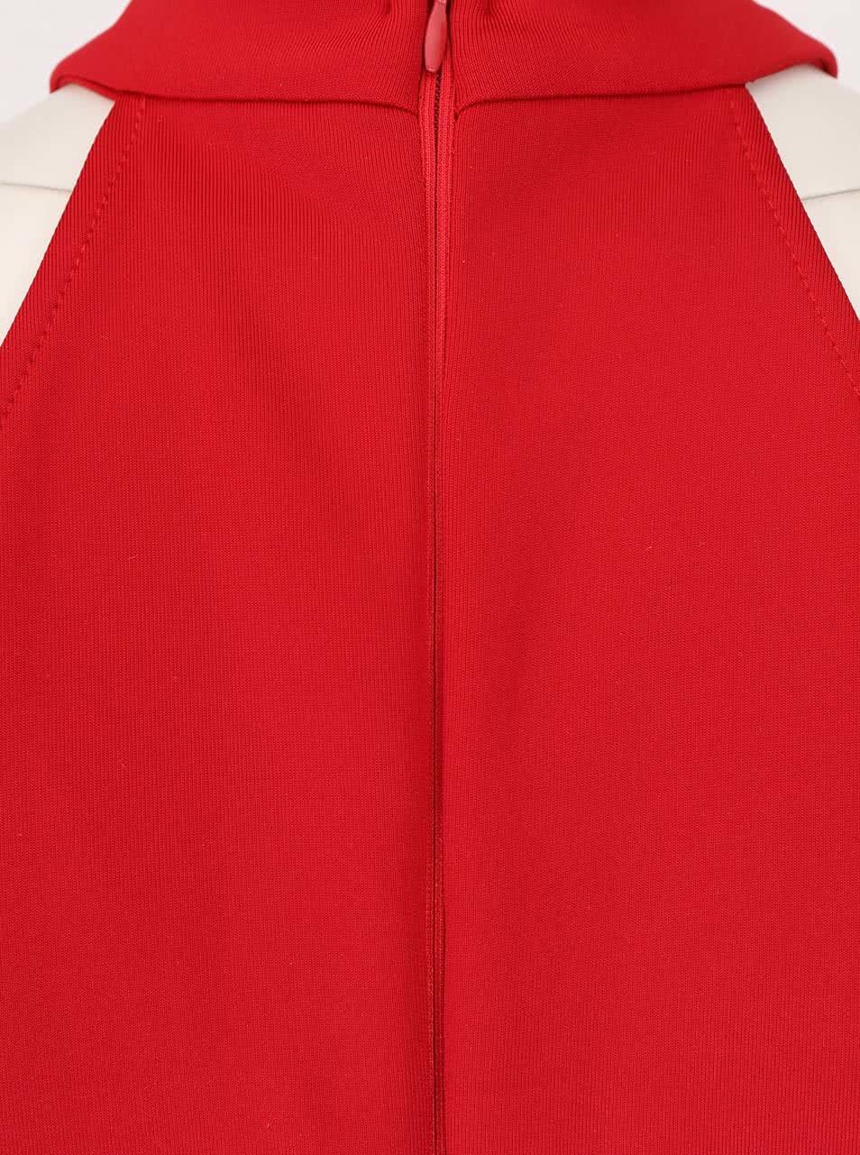 82c139c1146d Červené šaty s hlbokým výstrihom AX Paris ...