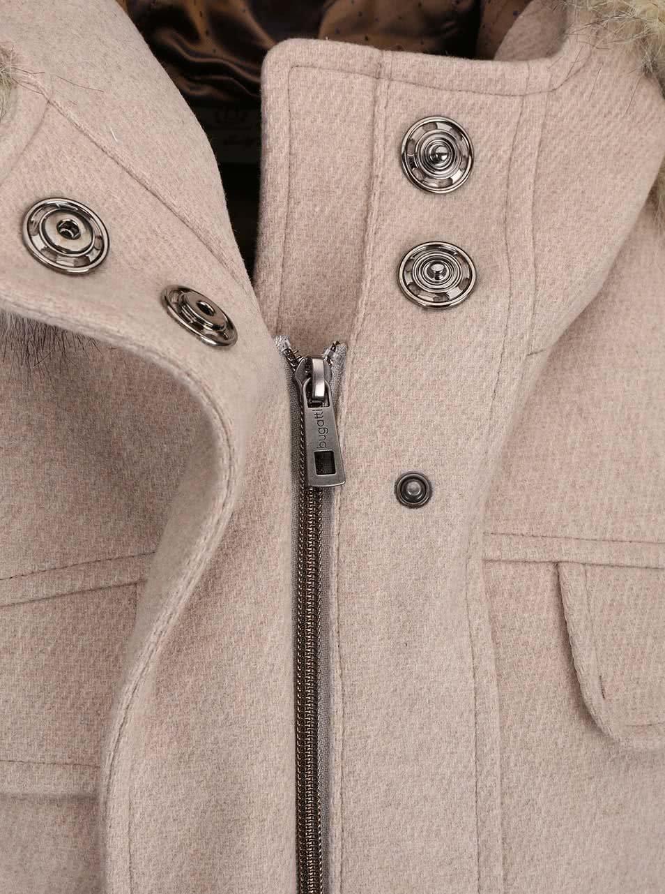 5af8ebf3b0f Béžový dámský vlněný kabát s kapucí bugatti ...