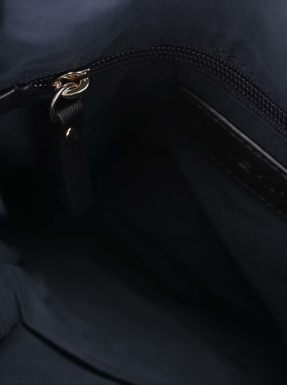 Čierna menšia kabelka so vzorom Tommy Hilfiger ... 64546fef60c