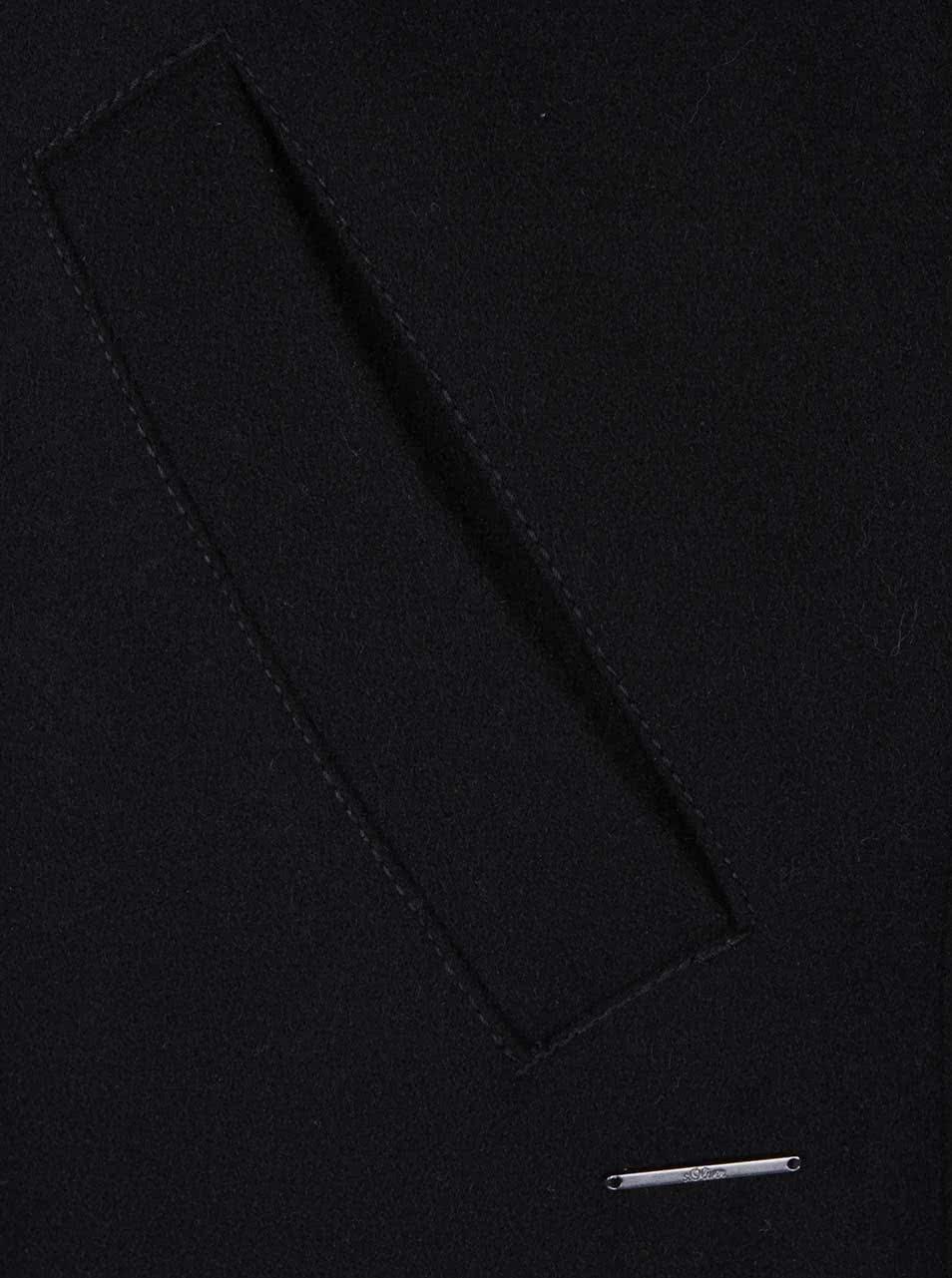 c1f0257c4 Čierny dámsky vlnený kabát s bundou 2v1 s.Oliver   ZOOT.sk