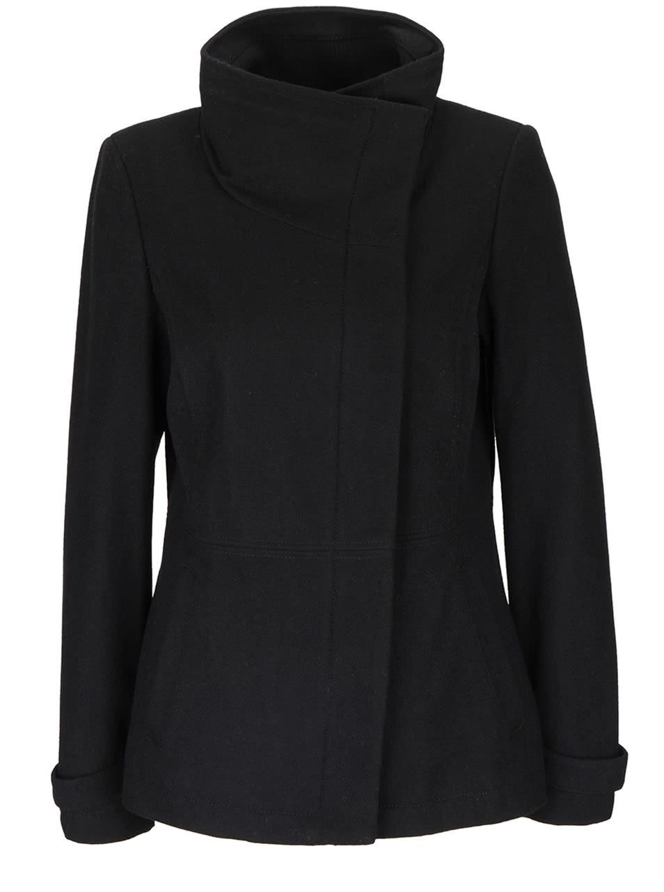 Čierny dámsky kabát s vysokým golierom s.Oliver  e3b9486a92d