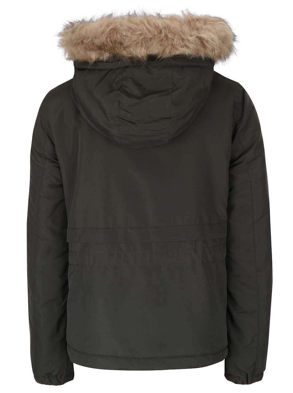 c09299f84c3e Tmavě zelená dámská bunda s kapucí VERO MODA Sabella ...