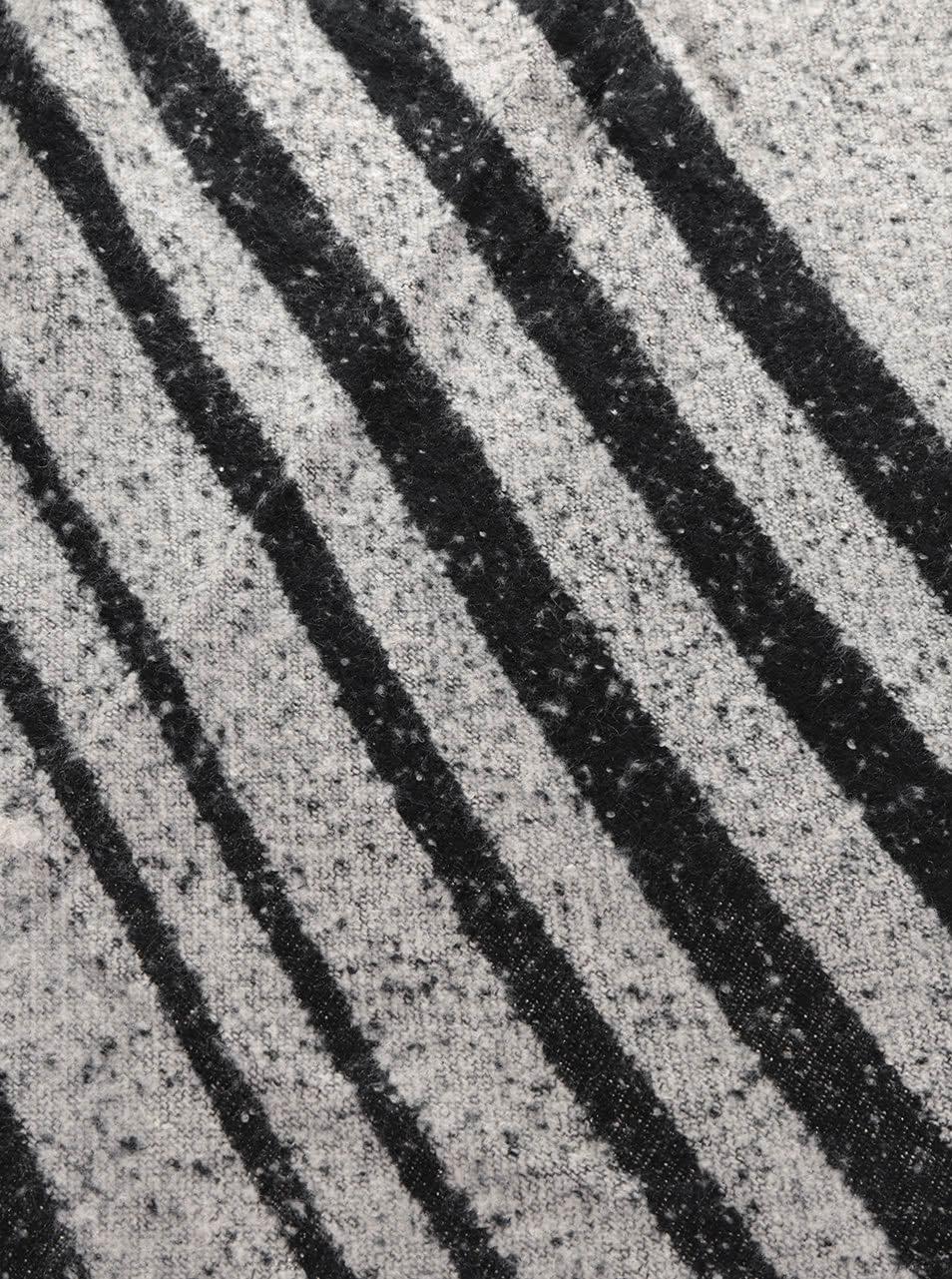 Černo-šedá šála s cípy Haily´s Linea ... 716f9f750c