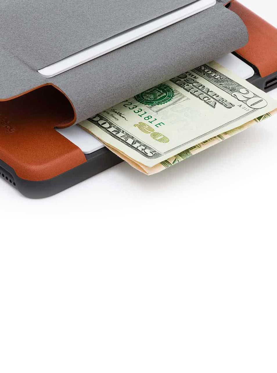 Světle hnědý kožený kryt pro iPhone 7 s přihrádkou na platební karty Bellroy
