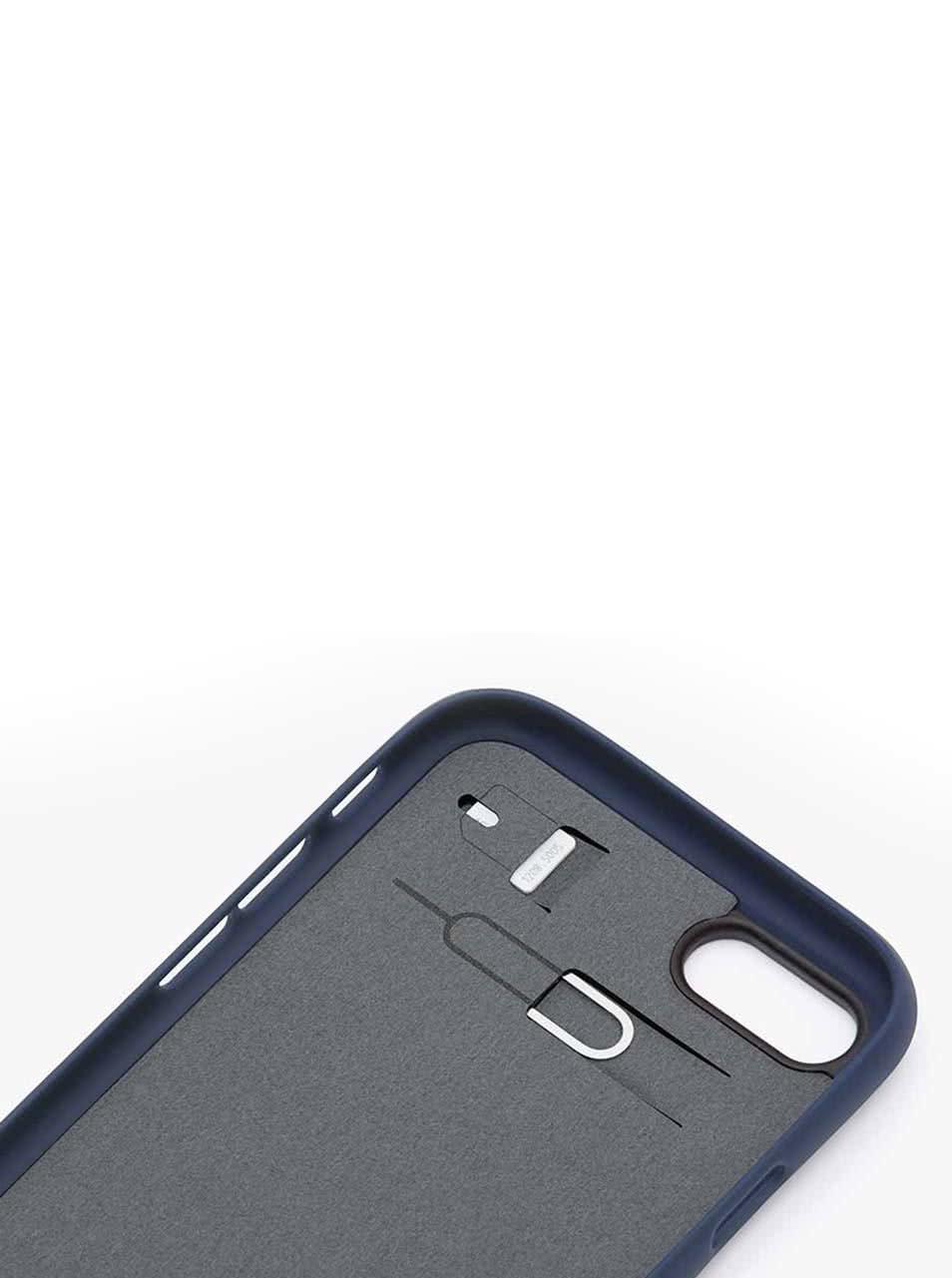 Tmavě modrý kožený kryt pro iPhone 7 s přihrádkou na platební kartu Bellroy