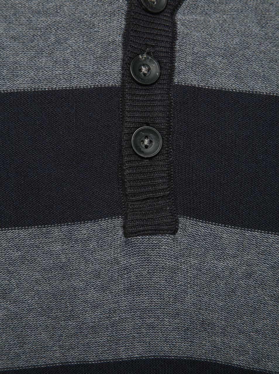 Šedo-černý pánský pruhovaný svetr s knoflíky s.Oliver  aff5c768b2