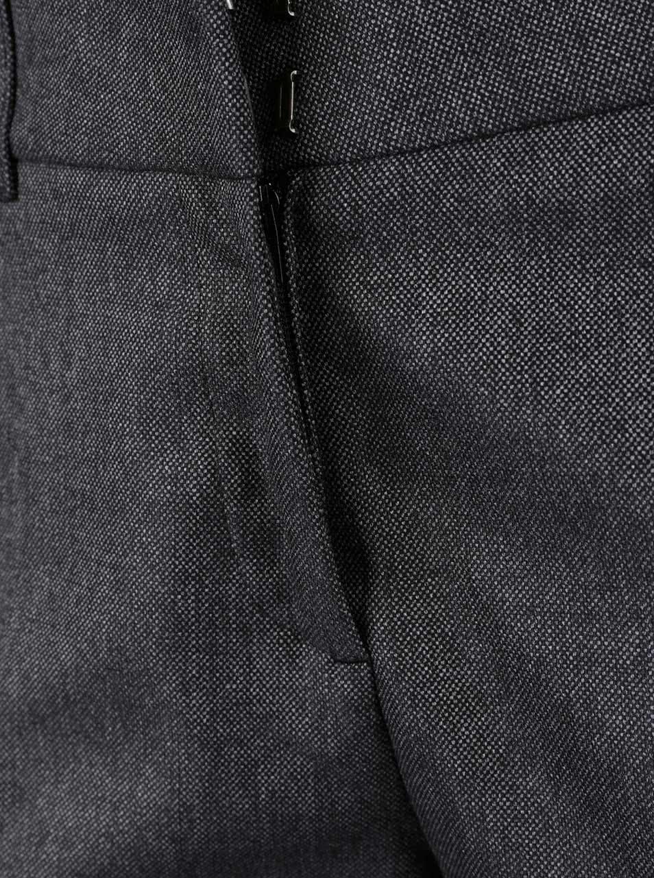 f9dac808b743 Tmavosivé dámske skrátené formálne nohavice s.Oliver
