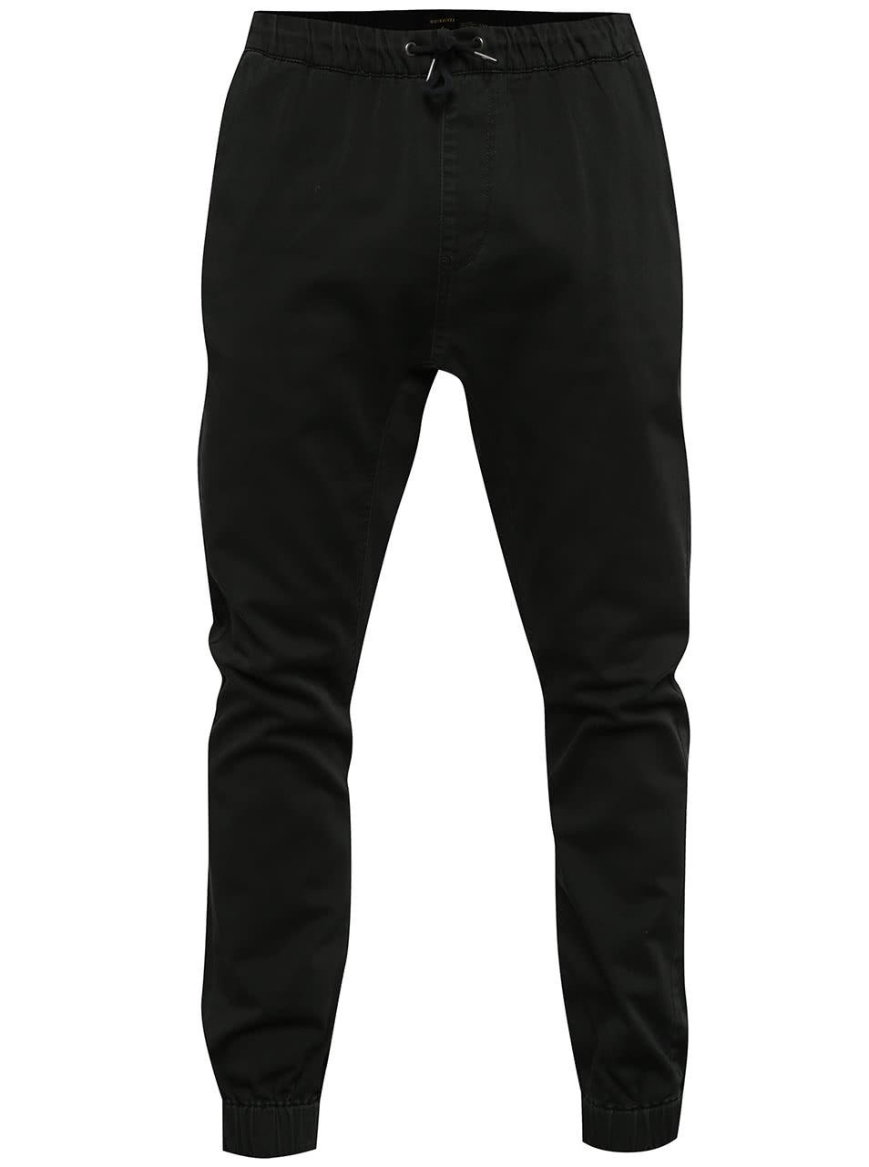 Černé pánské kalhoty s gumou v pase Quiksilver ... c79c32b37a