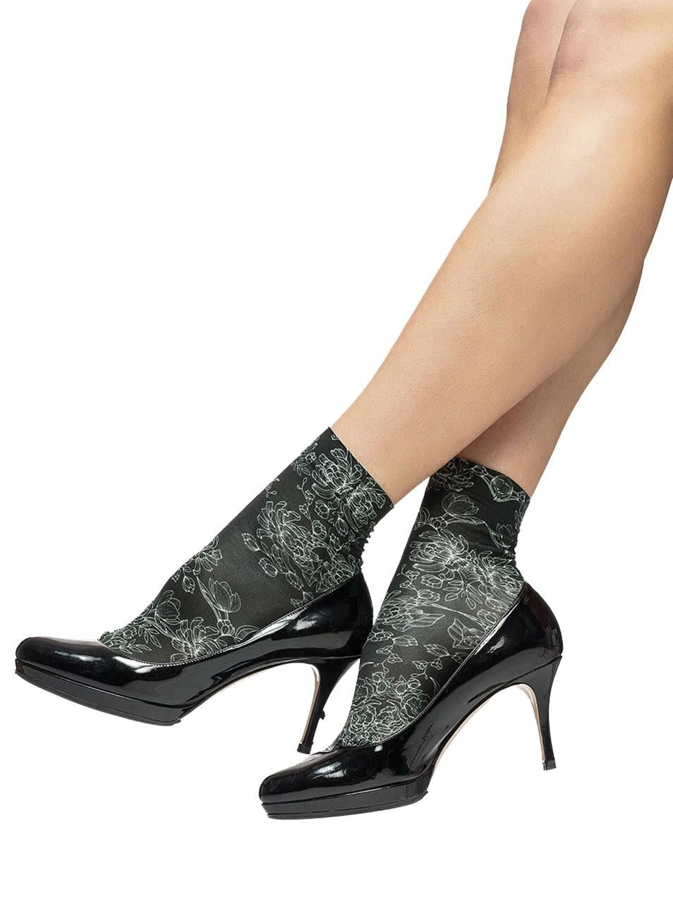 273b9536d4 Čierne kvetované silikónové ponožky Oroblu Annabelle ...