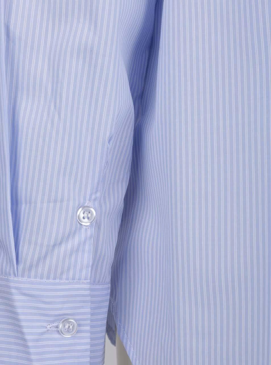 d7064914504 Světle modrá pruhovaná volná košile ZOOT ...