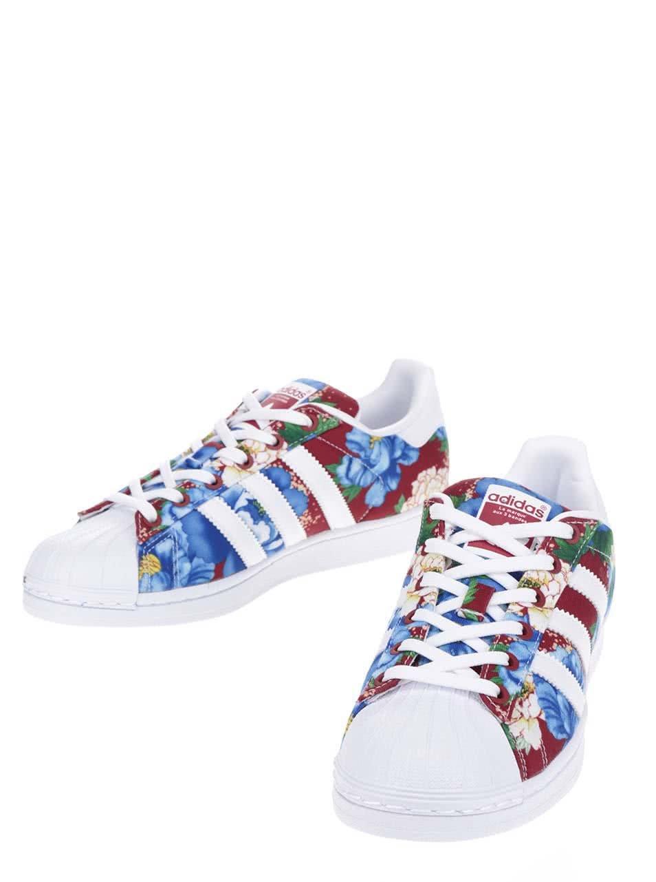9287b70d887 Bílo-červené dámské květované tenisky adidas Originals Superstar ...
