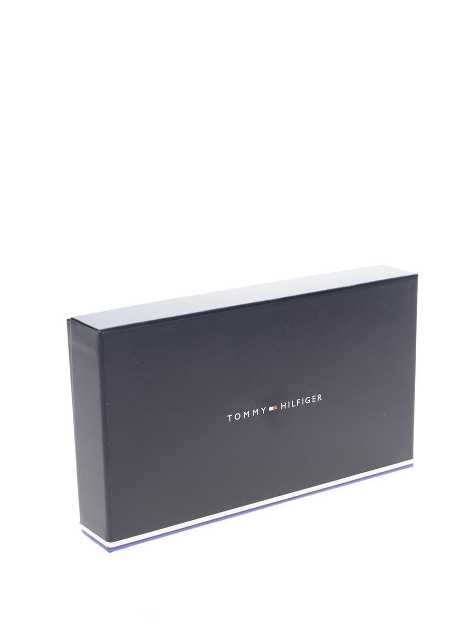 Krémovo-červená dámska peňaženka na zips s aplikáciou Tommy Hilfiger ... 8aebf3d5216