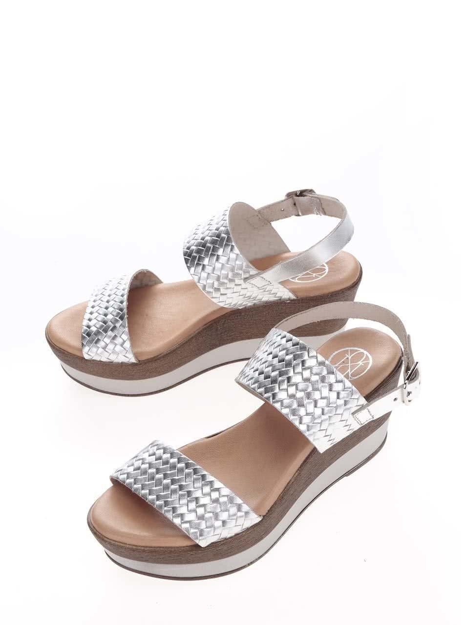 356954997d87 Kožené sandále na platforme v striebornej farbe OJJU ...
