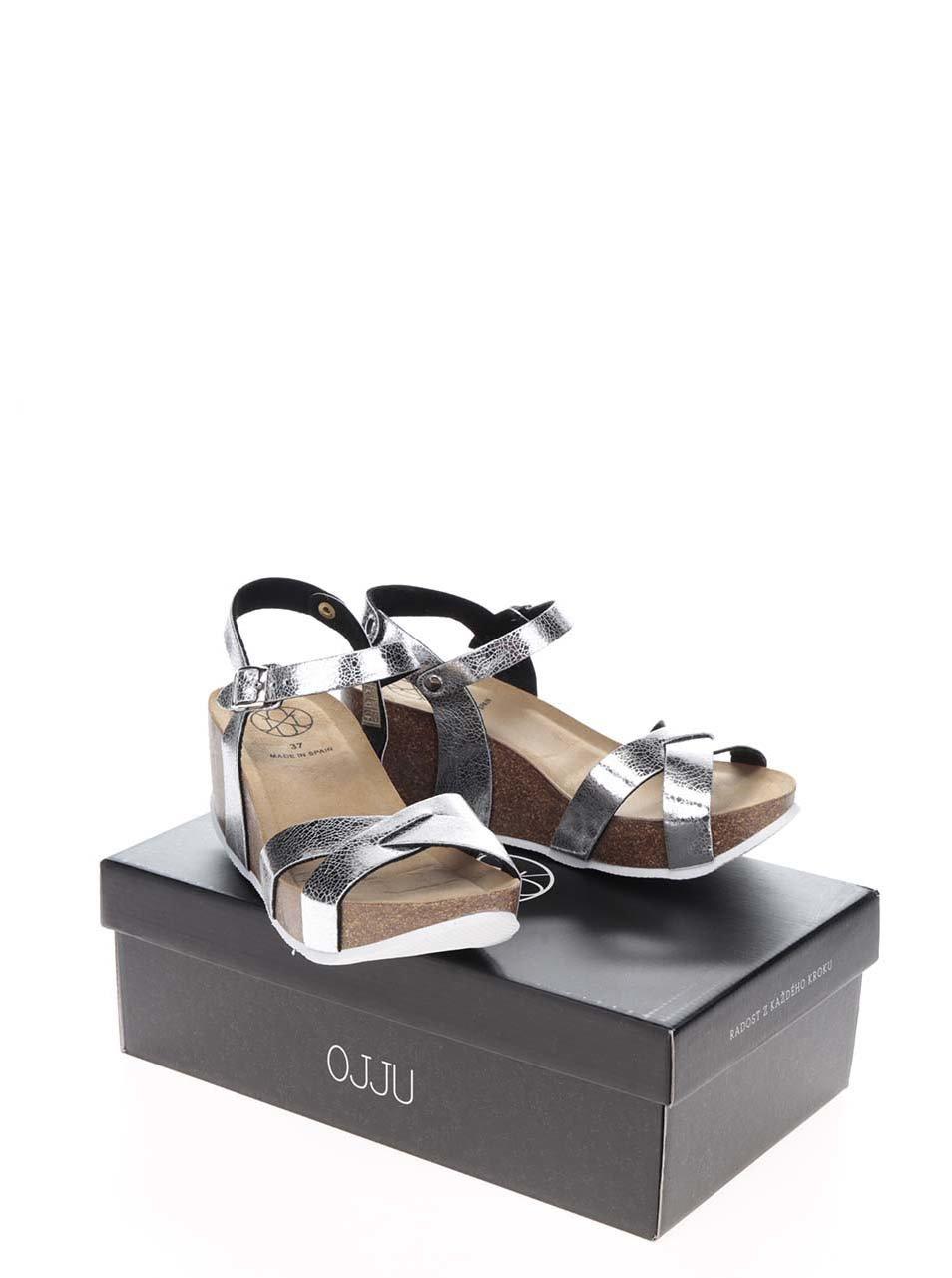 fea1b8d19184 Dámske sandále na platforme v striebornej farbe OJJU ...