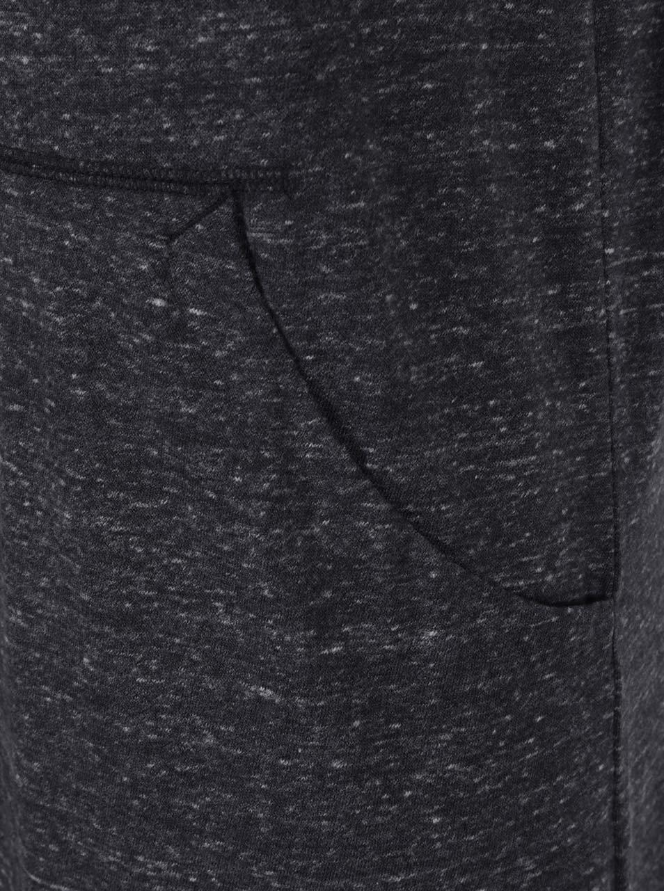 1a60ae29d78 Černé dámské žíhané sportovní šaty bez rukávů Nike ...