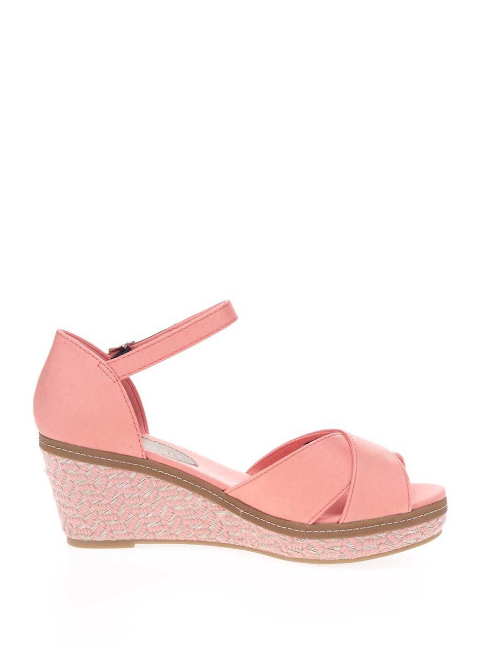 Korálové dámské sandály na klínku Tommy Hilfiger ... 11a711f95fd