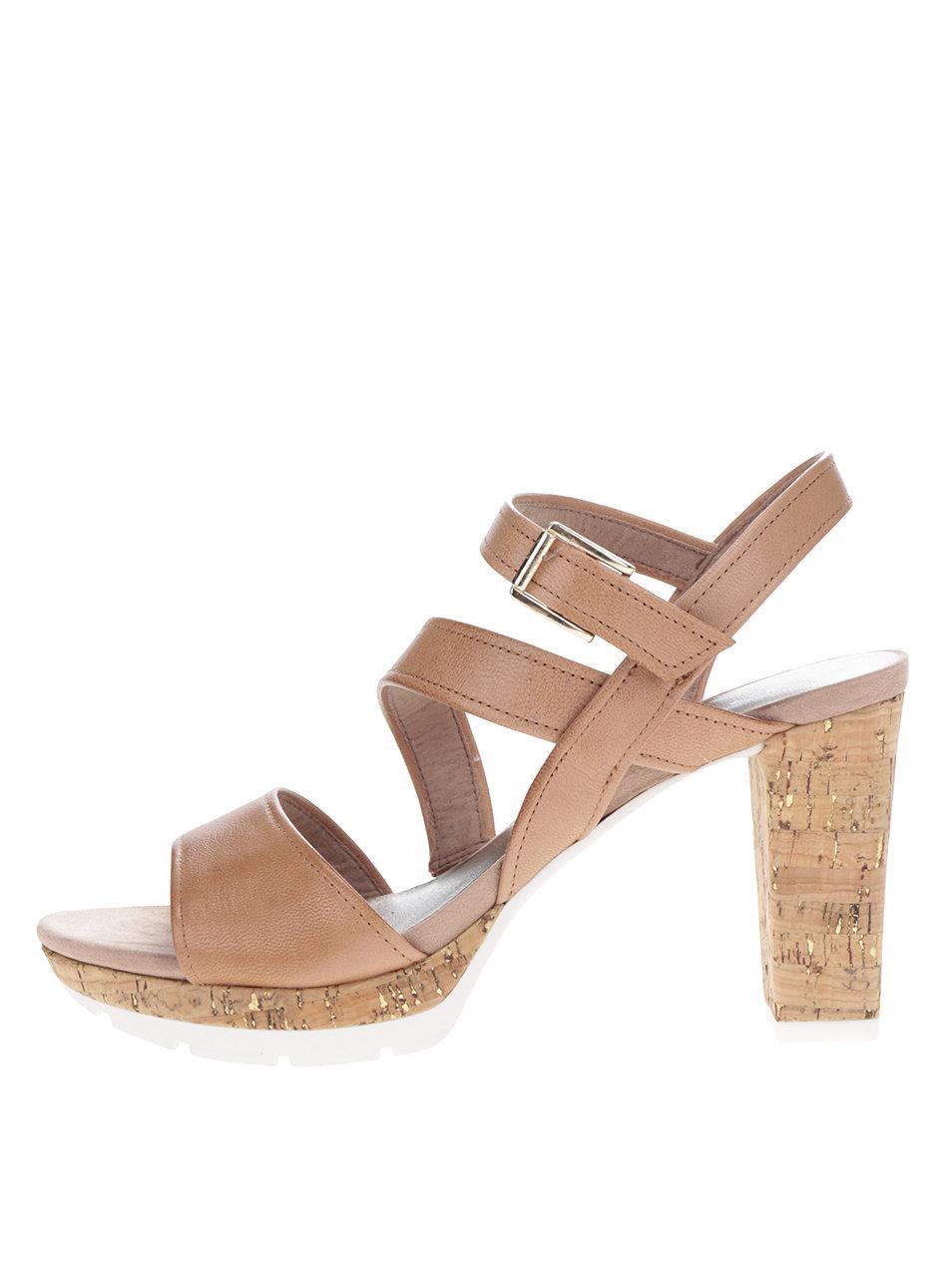 57ea2e8585ebc Hnedé kožené sandálky na korkovom podpätku Tamaris | ZOOT.sk