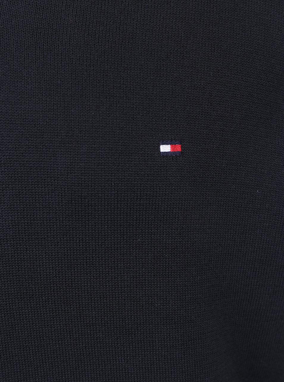 Tmavomodrý pánsky sveter s véčkovým výstrihom Tommy Hilfiger ... 2d775619d9a