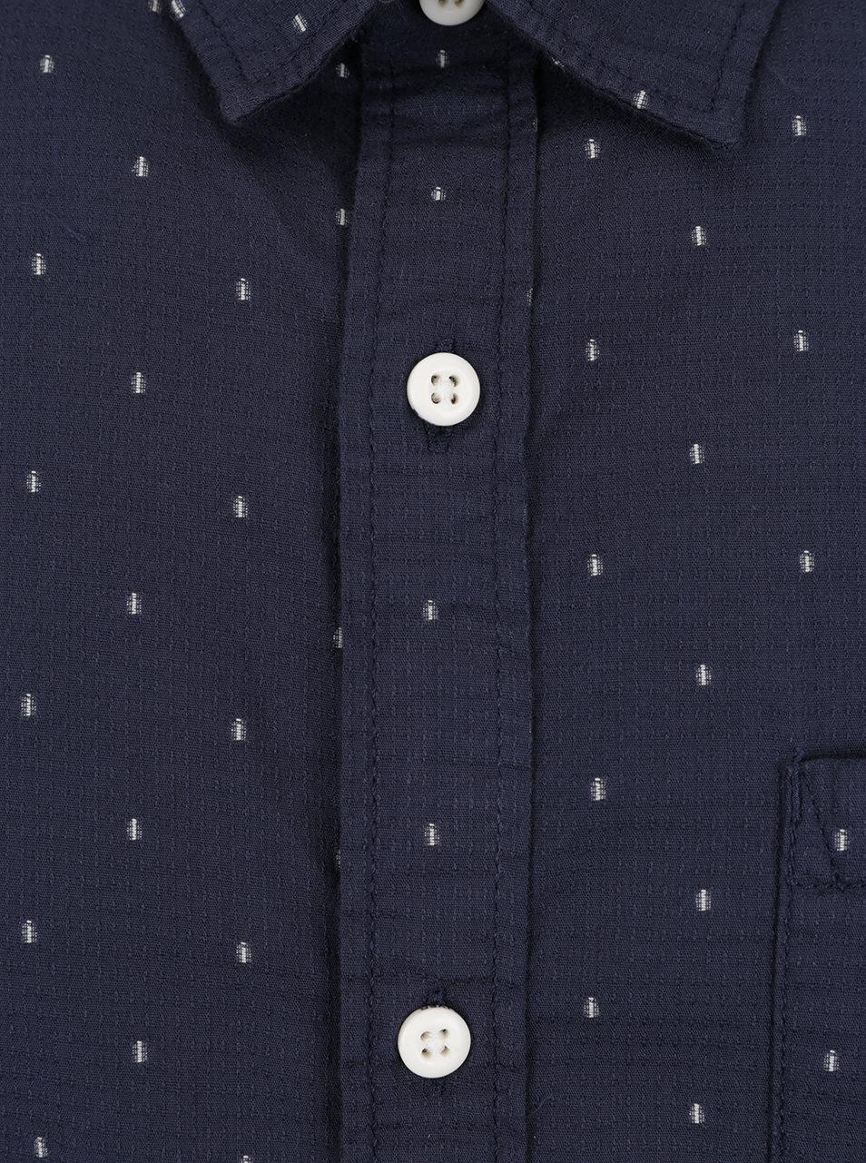3102ea0f91ce Tmavomodrá pánska slim fit košeľa s jemným vzorom s.Oliver