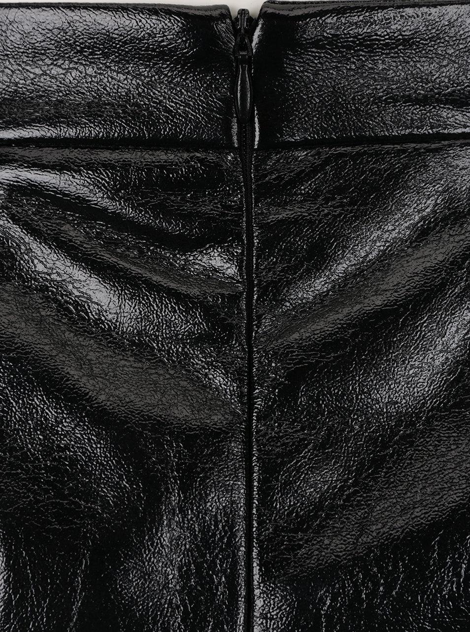 76a33a0e90a3 Černá lesklá koženková sukně s kapsami VERO MODA Rebelle ...