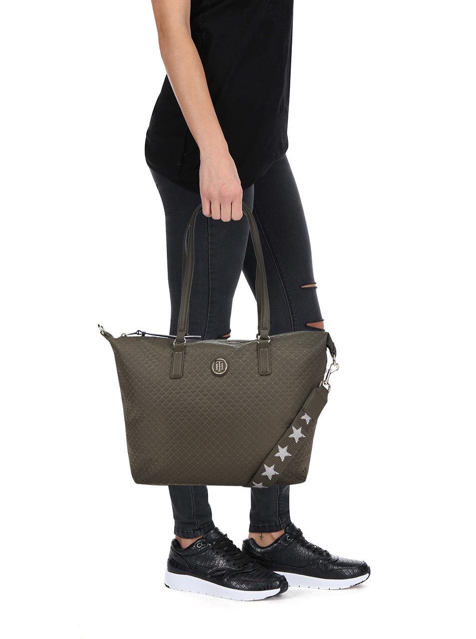 Zelená kabelka s jemným vzorem Tommy Hilfiger Poppy Quilted ... 88ee0cea4e5